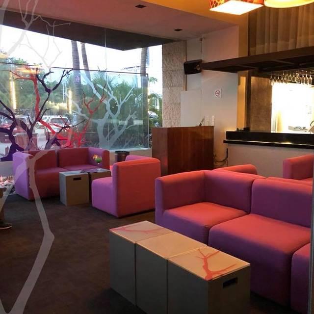 Kookaburra  Lounge - Kookaburra Acapulco, Acapulco, GRO