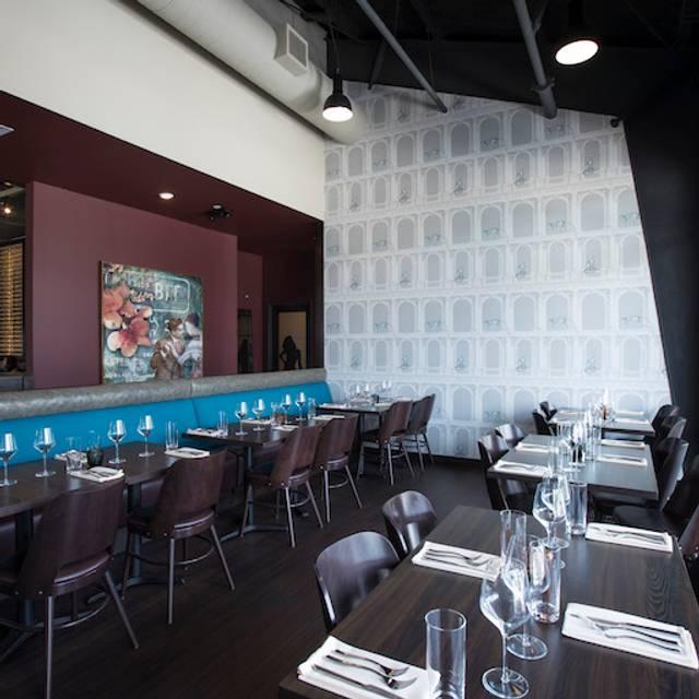 West Room - Poitín Bar & Kitchen, Houston, TX