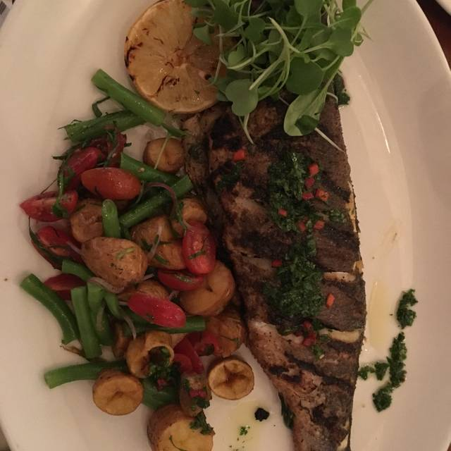 Fishbone Bistro - Stouffville, Stouffville, ON