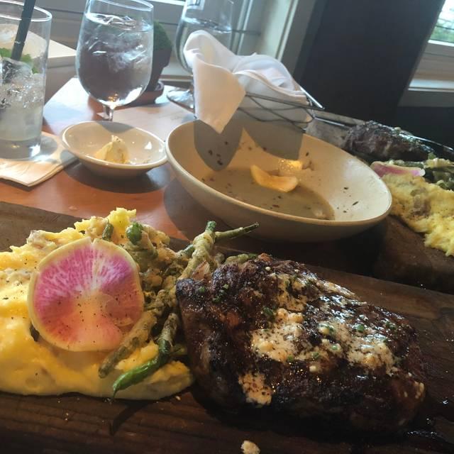 The Restaurant at Alderbrook, Union, WA