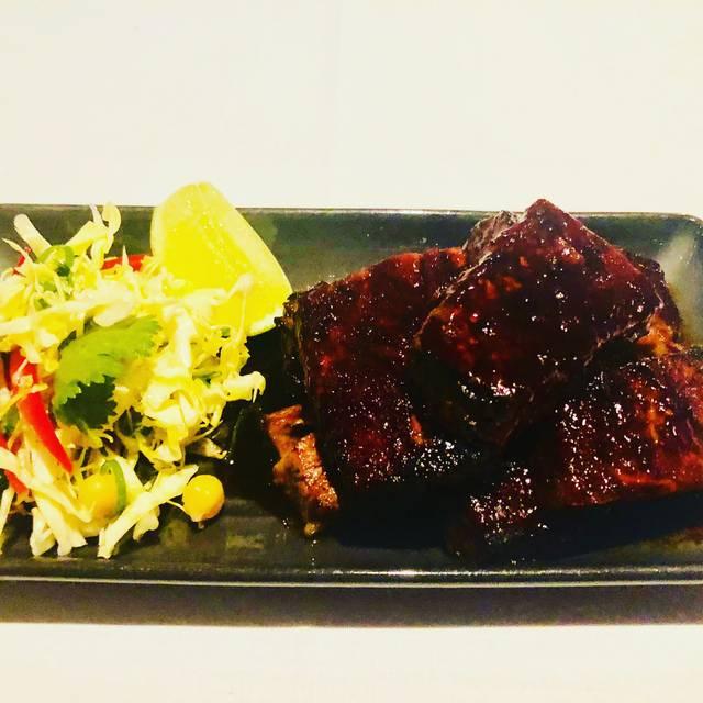 Black Hide Steakhouse - Gambaro Hotel - Caxton Street, Petrie Terrace, AU-QLD