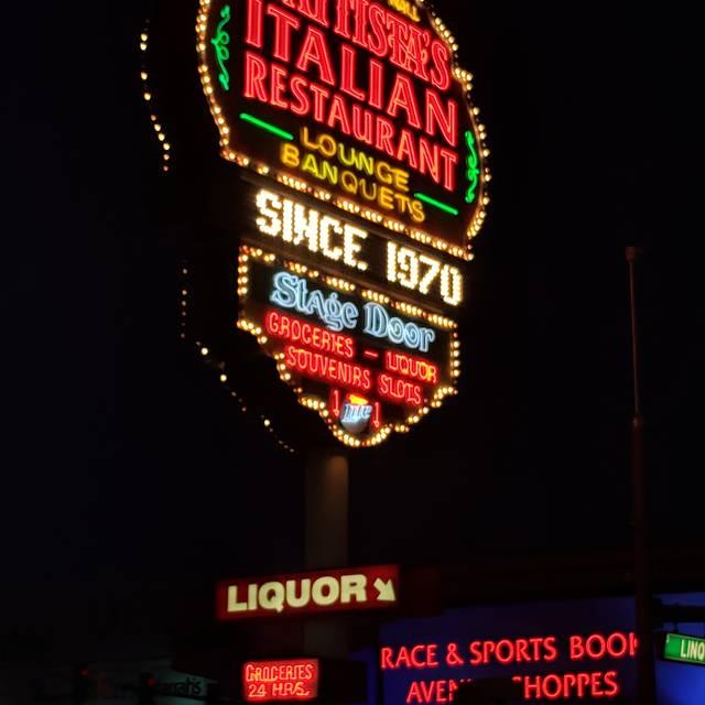 Battista's Hole in the Wall, Las Vegas, NV