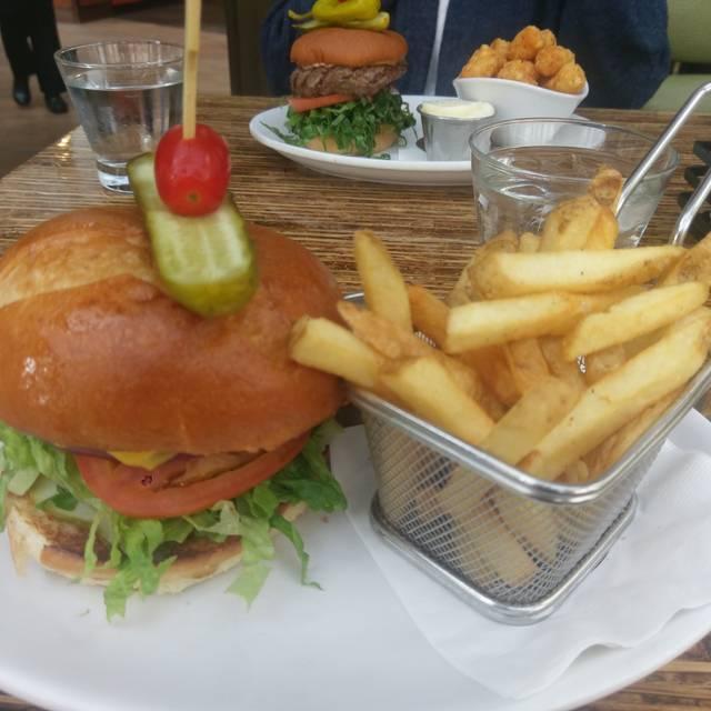 Relish Burger Bistro, Seattle, WA