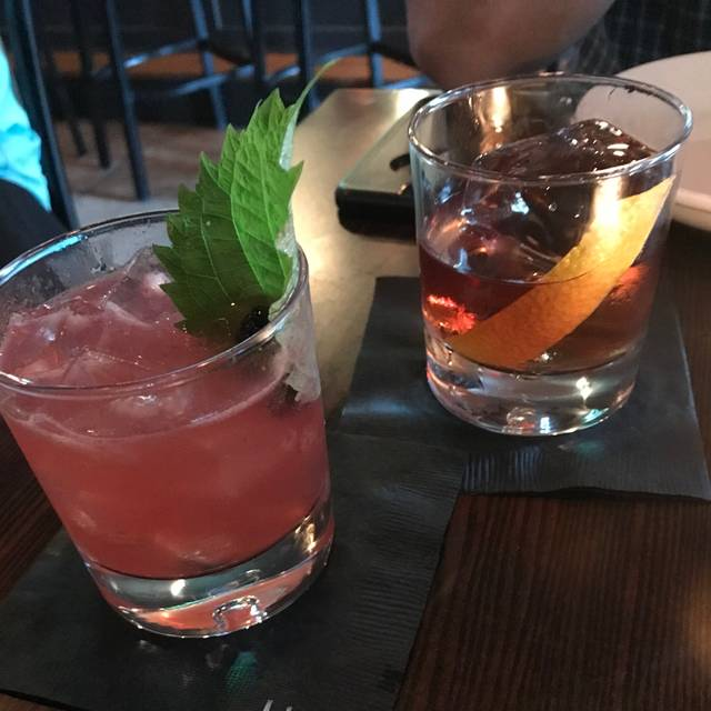 Blackbird Kitchen & Cocktails, Wantagh, NY