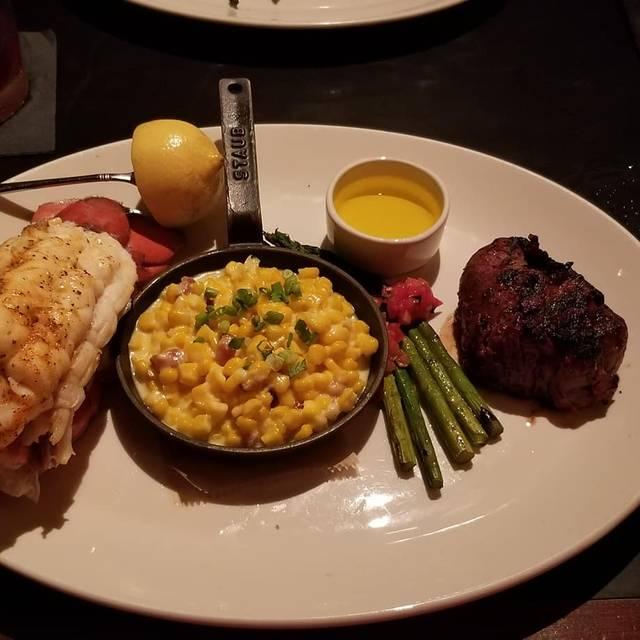 J. Gilbert's – Wood Fired Steaks & Seafood - Overland Park, Overland Park, KS