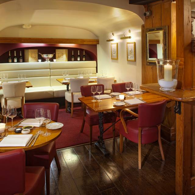 Harry's Bar, London
