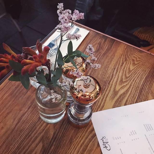 Evelyn's Cafe Bar, Manchester