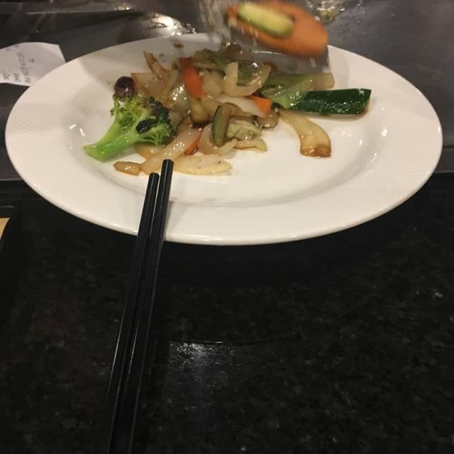 OMO Teppan & Kitchen, Calgary, AB