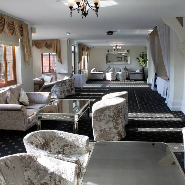 Champers Bar - De Rougemont Manor, Brentwood, Essex