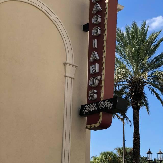 Maggiano's - Orlando, Orlando, FL