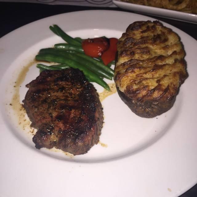 The Keg Steakhouse + Bar - Grande Prairie, Grande Prairie, AB