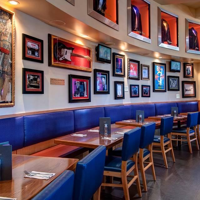 Hard Rock Cafe - California Universal CityWalk - Hard Rock Cafe - California Universal CityWalk, Universal City, CA