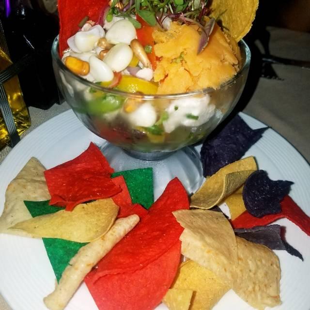 Maya's Grill, Miami Beach, FL