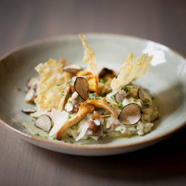 Liverpool Street - Eastway - Christmas - Black Truffle Risotto, Parmesan, Wild English Mushrooms, Chives, Parmesan Crisp () - Eastway Brasserie, London