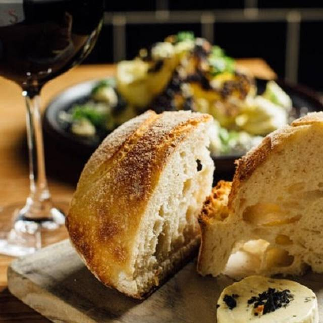 ALFiE'S Wine + Grill, Carlton, AU-VIC