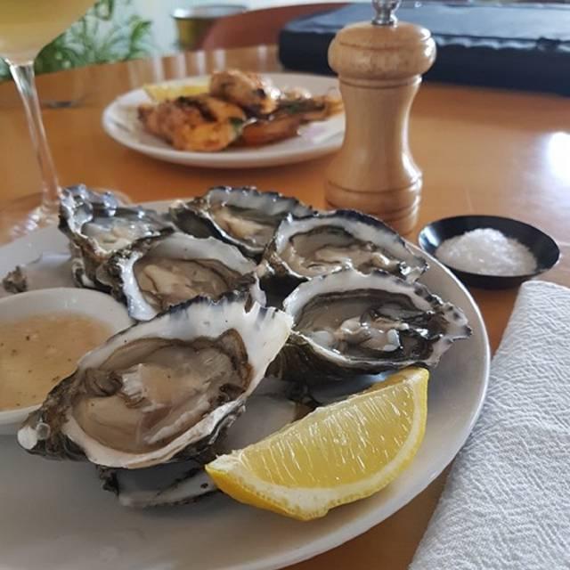 Bistro Elba Oysters - Bistro Elba, Sorrento, AU-VIC