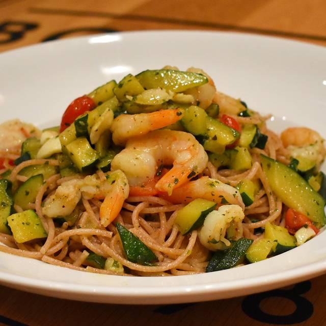 Spaghettini Al Farro Con Gamberetti E Zucchine - Ristorante Boccaccio, Toronto, ON