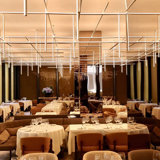 The Four Seasons Restaurant, New York, NY