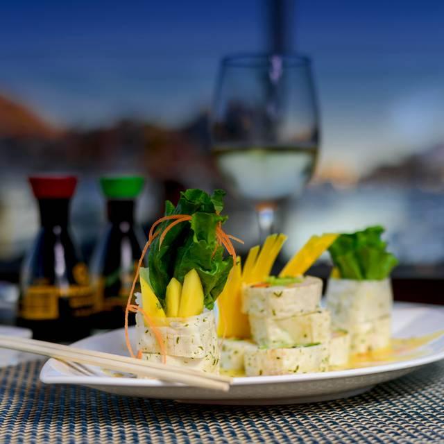 Sushi Rollos - Arts And Sushi, Cabo San Lucas, BCS