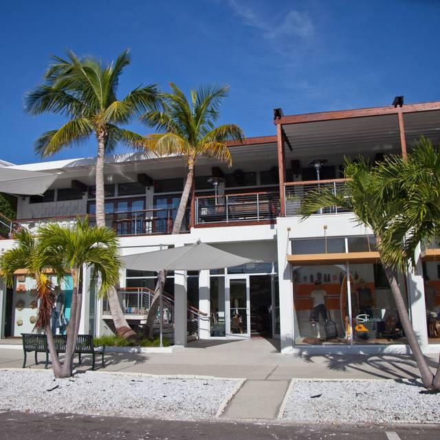 Shore, Sarasota, FL