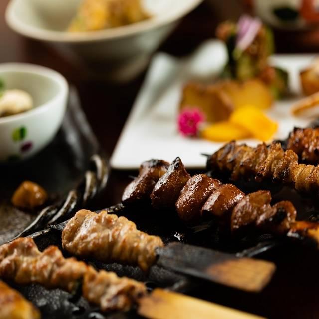 「串盛り」と料理 - 鳥屋 心人, 港区, 東京都
