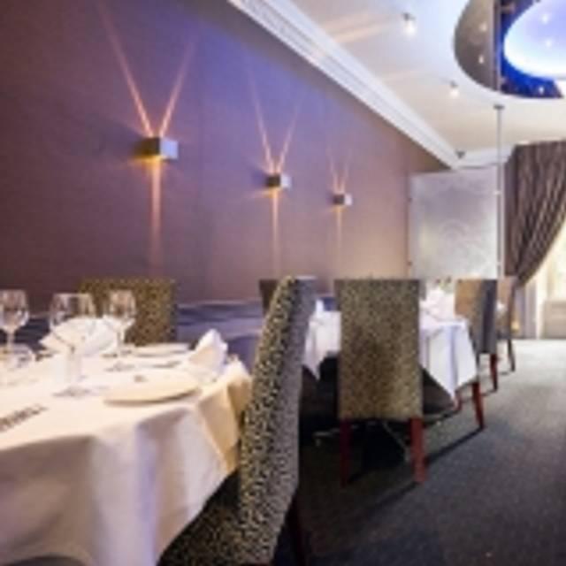 Mumbai Diners Club, Edinburgh