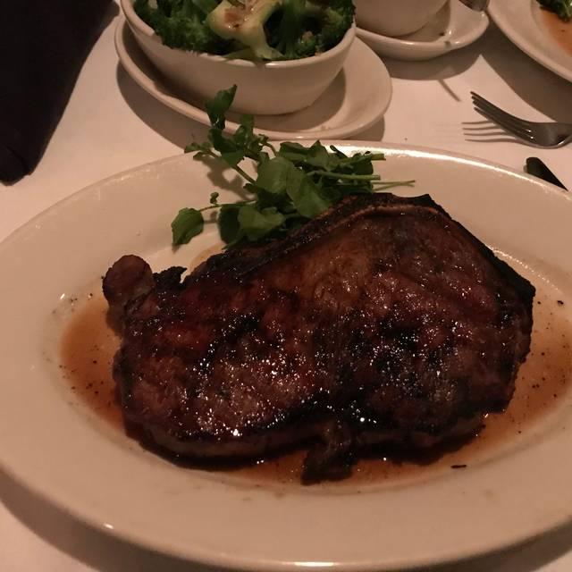 Morton's The Steakhouse - Arlington, Arlington, VA