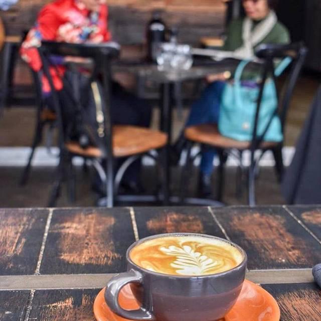 Elements Bar & Grill, Darlinghurst, AU-NSW