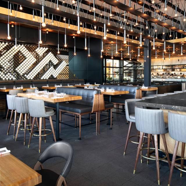 Earls Kitchen Bar Dadeland Miami Fl Opentable