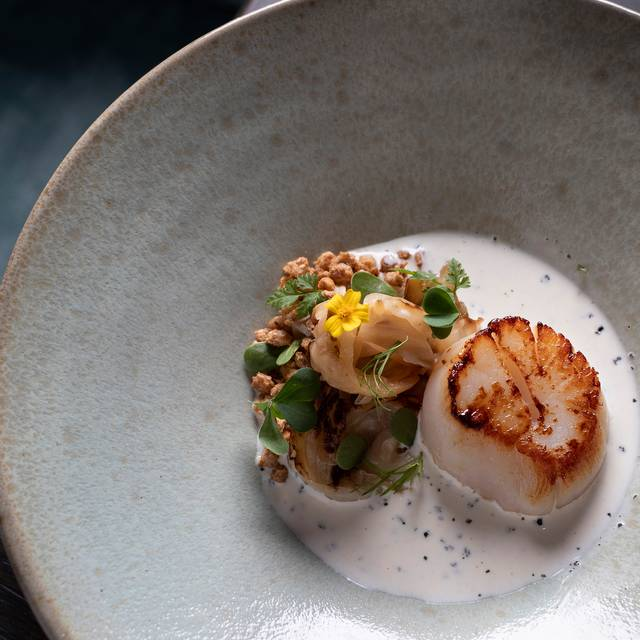 St Pan-fried Scallops, Smoked Cabbage Heart With Welsh Laverbread Butter - Statement, Central, Hong Kong