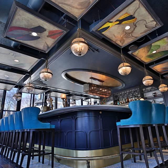 Loloan Bar Lrg - Loloan Lobby Bar, Waterloo, ON