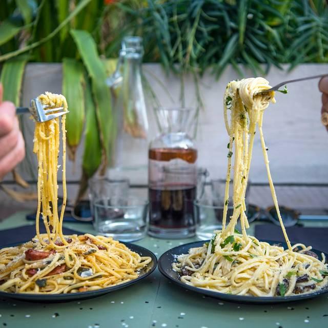 Oi Spaghetti, London