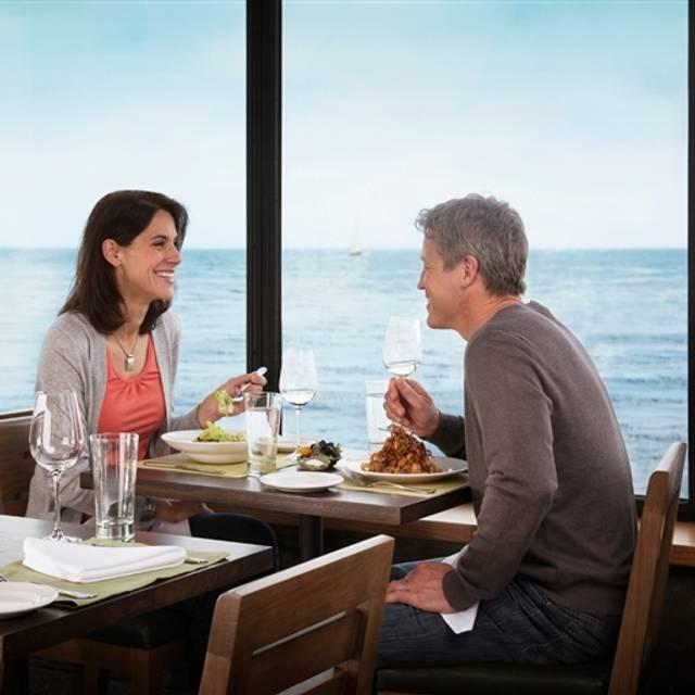 Awesome 56 Restaurants Near Monterey Bay Aquarium Opentable Home Interior And Landscaping Ymoonbapapsignezvosmurscom