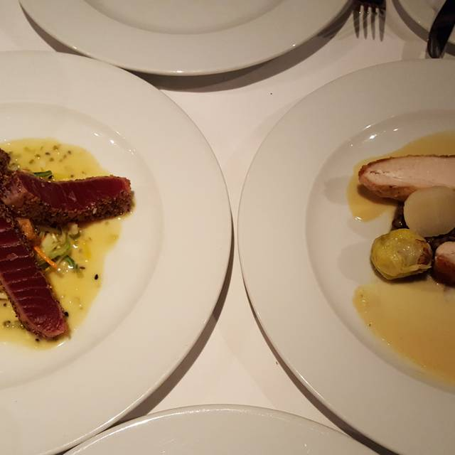 Opus Restaurant, Toronto, ON