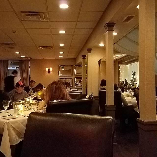 Bareli's Restaurant - Secaucus, Secaucus, NJ