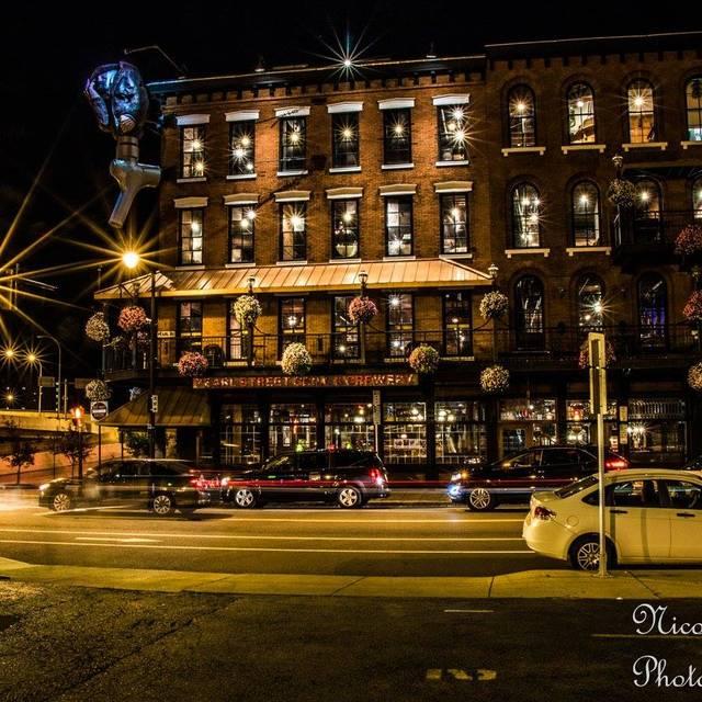 O - Pearl Street Grill & Brewery, Buffalo, NY