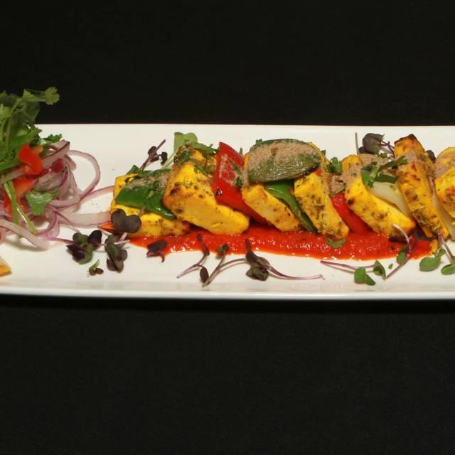 Delhi 6 Indian Bistro, Vancouver, BC