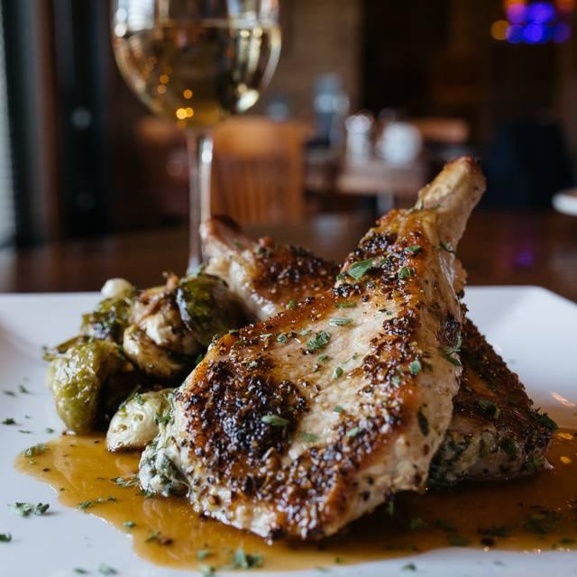 Johnny's Italian Steakhouse - Moline, Moline, IL