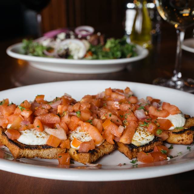 Johnny's Italian Steakhouse - Olathe, Olathe, KS