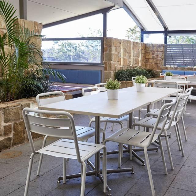 Outdoor Dining At The Belrose Hotel, Belrose, Sydney - Belrose Hotel, Belrose, AU-NSW