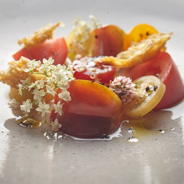 Coopers Shoot Tomatoes, Tasmania Pepper, Sardine Sauce, Clover Flower - Harvest, Newrybar, AU-NSW
