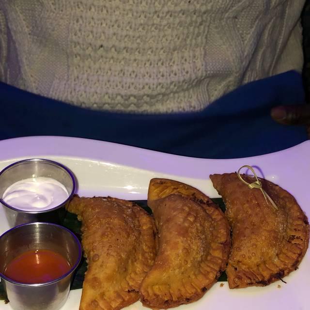 Esquina Latina Restaurant & Lounge, New Brunswick, NJ