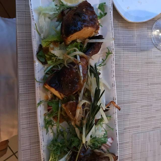 Tulip Caribbean Brasserie, Oranjestad, Oranjestad