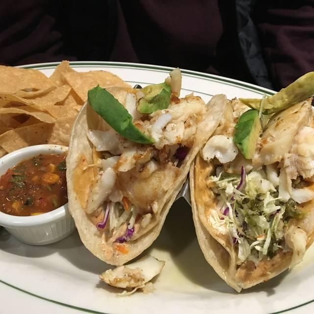 Portland Seafood Co. - Washington Square, Tigard, OR