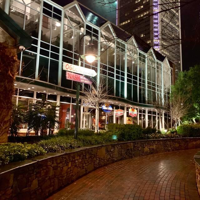Brazz Carvery & Steakhouse, Charlotte, NC