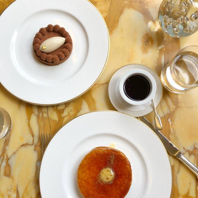 Cakes & Bubbles at Hotel Cafe Royal, London