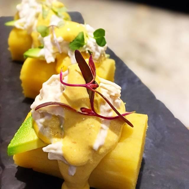Runas Peruvian Cuisine - Runas Peruvian Cuisine, Hollywood, FL
