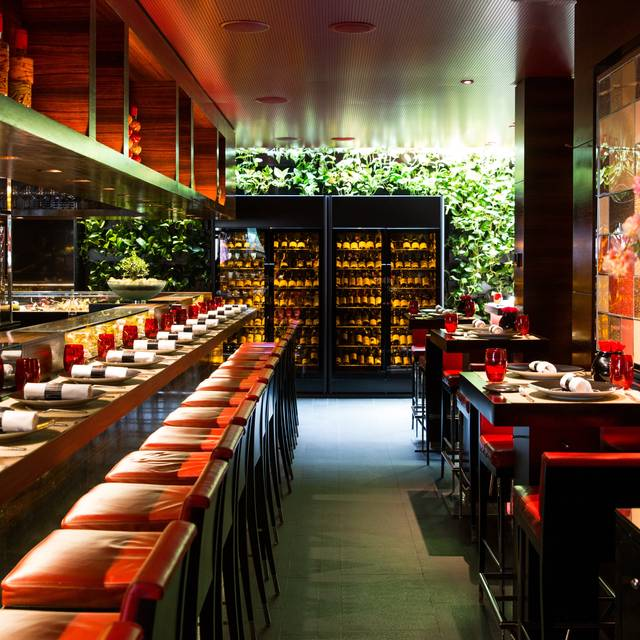 AJR - L'Atelier de Joel Robuchon, London