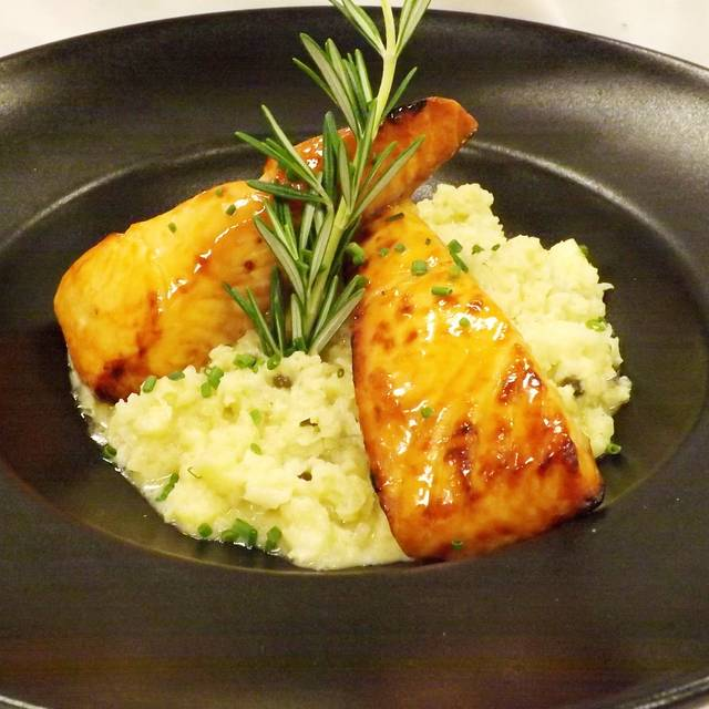 Salmon - The Maple Kitchen, Brownsville, VT
