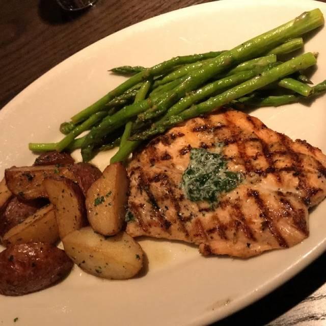Plaza III Steakhouse, Overland Park, KS